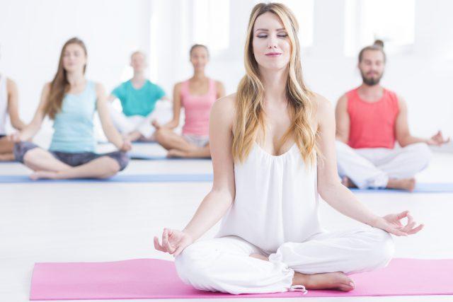 Сеанс йоги