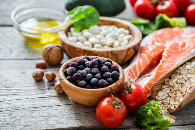 Рыба, овощи и ягоды