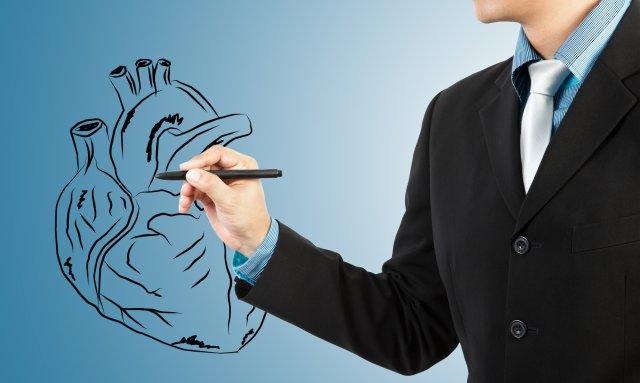 Бизнесмен рисует сердце