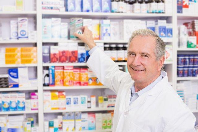 Фармацевт и медпрепараты