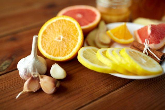 Лимон, апельсин и чеснок