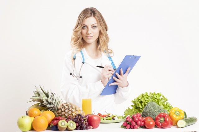 Врач и диетические продукты